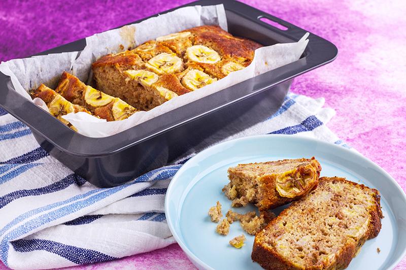 Simple healthy banana bread