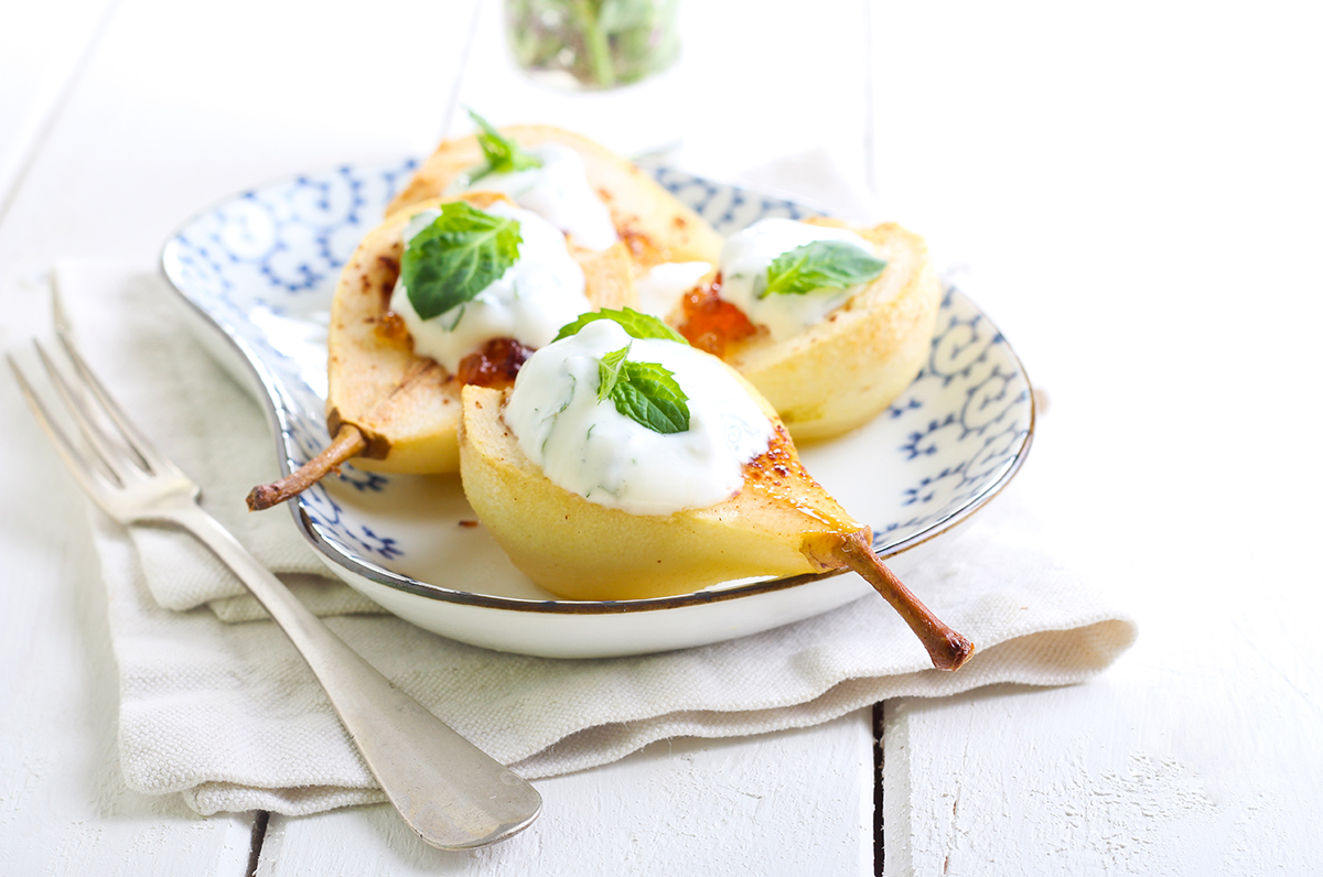 Poached Pears with Minted Yoghurt Recipe
