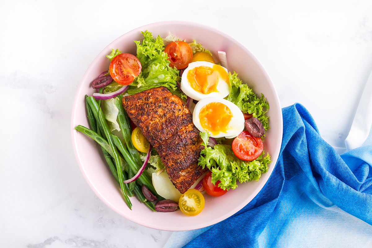Nicoise Salad with Grilled Salmon Recipe