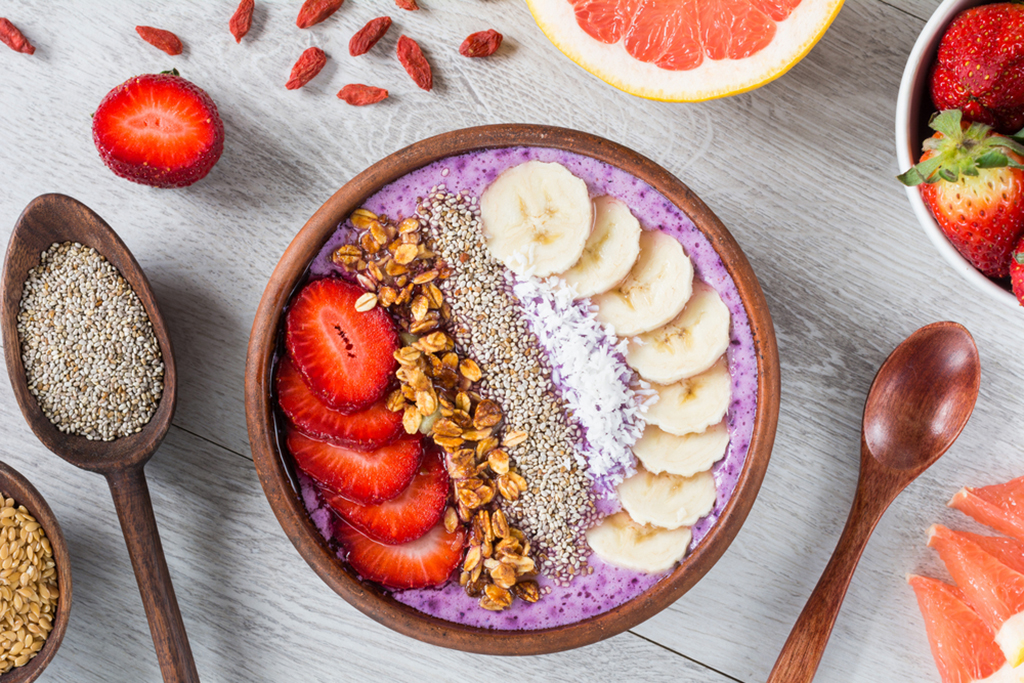 How To Make Sure Your Smoothie Bowl Isn't A Sugar Bowl