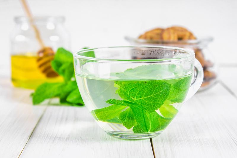 Peppermint Tea To Debloat Overnight
