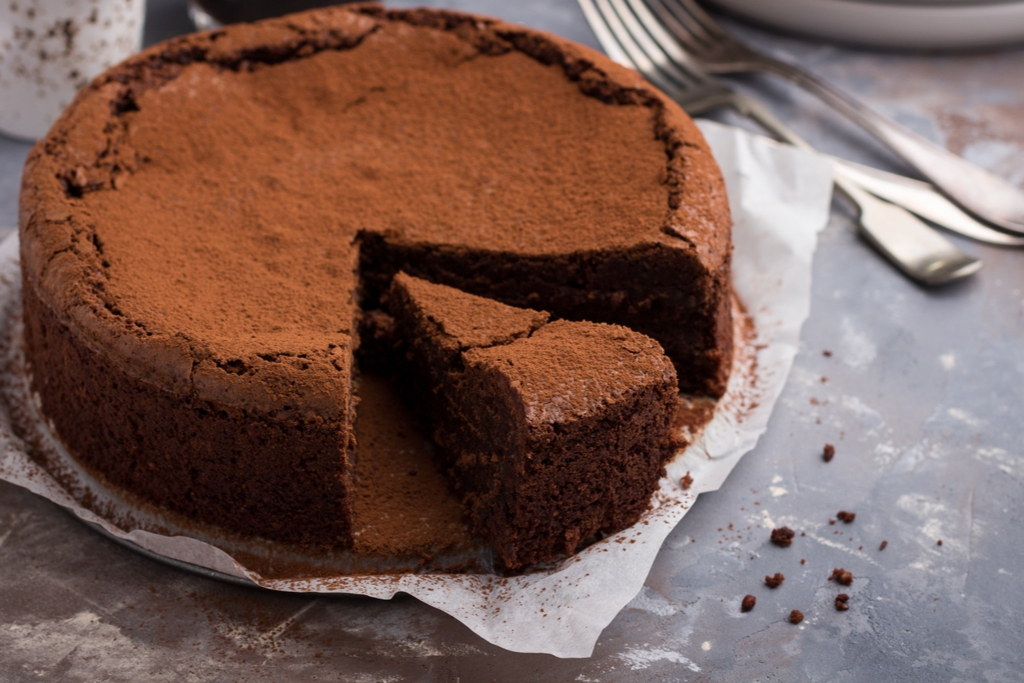 Healthy Flourless Chocolate Cake