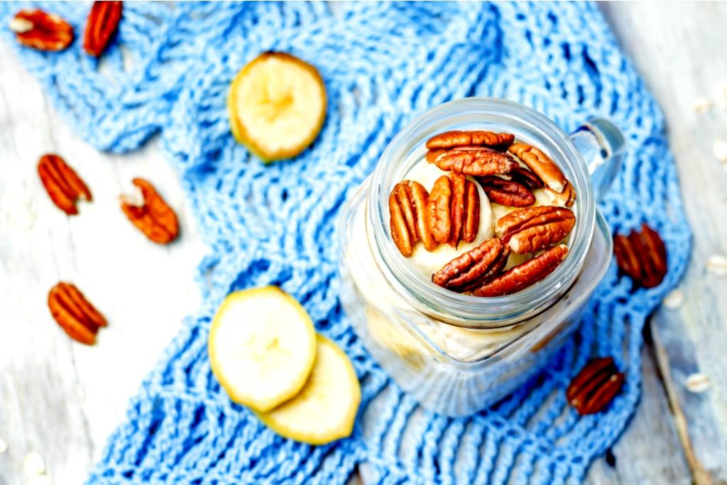 Easy Banana Pecan Overnight Oats Recipe